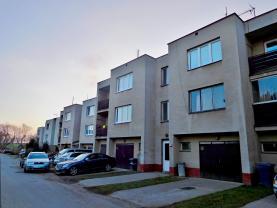 Prodej, byt 3+1, 72 m2, Mělnické Vtelno, ul. Sídliště Střed