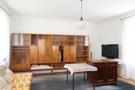 (Prodej, rodinný dům 3+1, 1871 m2, Libořice)