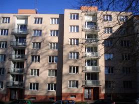 Pronájem, byt 2+1, 61 m2, Cheb, ul. Komenského
