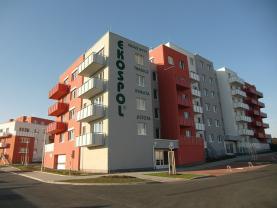Pronájem, byt 1+kk, 37 m2, Praha 9 - Kyje