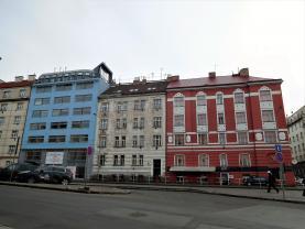 Prodej, byt 2 + kk, 49 m2, Praha 8 - Libeň
