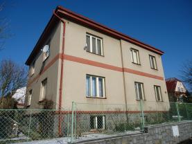 Prodej, rodinný dům 6+2, 840m2, Hlinsko, ul. Máchova