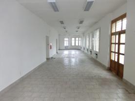 Pronájem, obchodní prostory, 150 m2, Bruntál