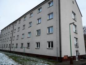 Pronájem, byt 1+1, 29 m2, Chvaletice, Obránců míru