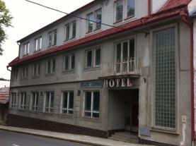 Prodej, hotel, 2087 m2, Bouzov