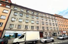 Pronájem, byt 1+kk, 28 m2, Praha 4, ul. 5 května