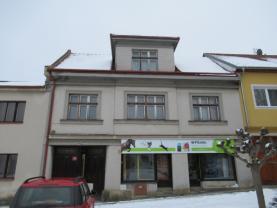 Prodej, rodinný dům 5+2, 1299 m2 Batelov