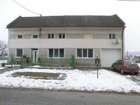 Prodej, rodinný dům 4+1, 932 m2, Šelešovice