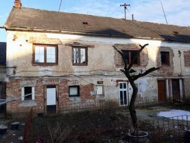 Prodej, rodinný dům, 3+1, 2266 m2, Mostice