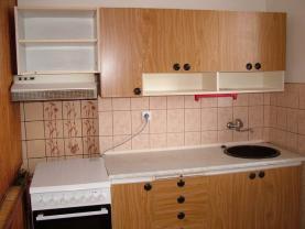 Prodej, byt 3+1, 61 m2, Uničov, ul. Bří Čapků, OV