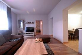 Prodej, rodinný dům 4+1, 2052 m2, Štěpánov