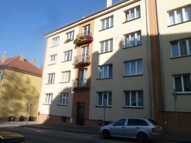 Prodej, byt 2+1, 57 m2, OV, Cheb, ul. Školní