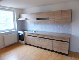 Pronájem, byt 3+1, 96 m2, Nový Bor