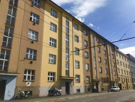 Prodej, byt 2+kk, Hradec Králové, ul. Střelecká