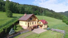 Prodej, rodinný dům 6+1, 250 m2, Poniklá