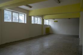 Pronájem, obchodní prostory, 90 m2, Zlín, ul. Kvítková