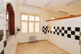 zadní prostory (Pronájem, kancelářské prostory, Česká Kamenice, ul. Lipová)