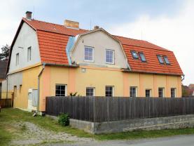 Prodej, byt 3+k,65 m2, Branov