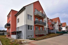 Prodej, byt 3+kk, 67 m2, mezonet, balkon, Jinočany