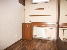 Pronájem, nebytový prostor, 14 m2, Beroun, ul. Husovo nám.