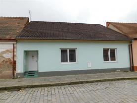 Prodej, rodinný dům 3+1, 1118 m2, Dolní Kounice