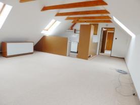 Pronájem, kanceláře, 120 m2, Hostivice