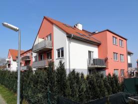 Prodej, byt 2+kk, 61 m2, Jinočany
