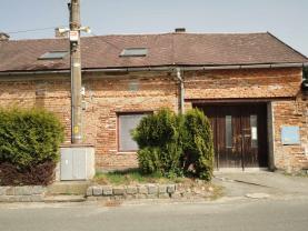 Prodej, rodinný dům 7+1, 144 m2, Svésedlice