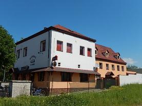 Prodej, restaurace s rodinným domem, 1108 m2, Velké Březno