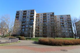 Prodej, byt 3+1, 70 m2, Pardubice, ul. Bezdíčkova