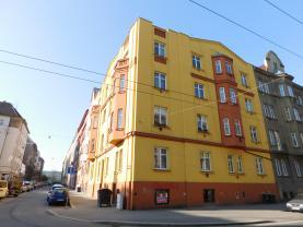 Pronájem, nebytové prostory, 80 m2, Plzeň, ul. Dobrovského