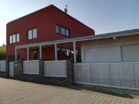 Prodej, rodinný dům, 4+kk, 278 m2, Praha 5 - Zbraslav