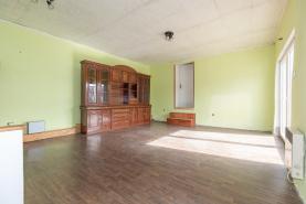 (Prodej, rodinný dům 4+1, Zlonice, ul. Kpt. Jaroše), foto 3/16