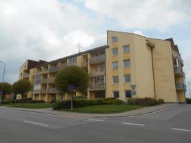 Pronájem, byt 2+kk, 56 m2, Pardubice, ul. Dubinská
