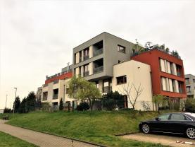 Pronájem, byt 3+kk, zahrada, 175 m2, Praha 10, Pitkovice