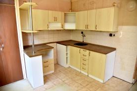 Prodej, byt 3+1 s lodžií, 83 m2, Chrudim, ul. U Stadionu