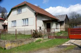 Prodej, rodinný dům 3+1, 2860 m2, Křídla