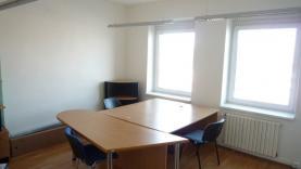 Pronájem, kancelářský prostor, 16 m2, Zlín