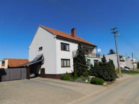 Prodej, rodinný dům 9+1, 602 m2, Jamolice