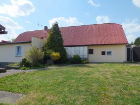 Prodej, rodinný dům 4+1, 180 m2, Melč, zahrada 1691