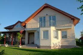 Prodej, rodinný dům 242 m², Zdiby