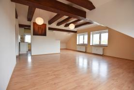 Prodej, byt 2+kk, 70 m2, OV, Poděbrady