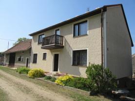 Prodej, rodinný dům 4+1, 665 m2, Chlum