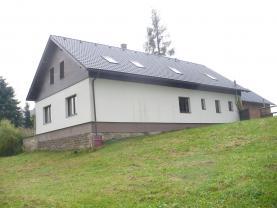 Prodej, rodinný dům 6+1, 4228 m2, Dolní Libchavy