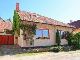 Prodej, rodinný dům 6+1, 702 m2, Smolnice