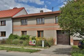 Prodej, rodinný dům 5+2, 889 m2, Drásov