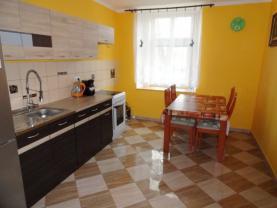 Prodej, byt 2+1, 78 m2, Městec Králové