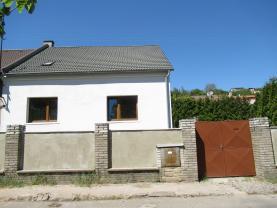 Prodej, rodinný dům 7+1, 219 m2, Švermov