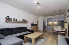 Prodej, byt 2+kk, 55 m2, OV, Hostivice, okr. Praha - západ