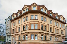 Prodej, byt 2+1, 83 m2, OV, Karovy Vary, nám Václava Řezáče